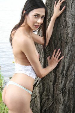 EroticBeauty - Lady Cate - On The Tree - 30 Nov, 2019, pic 14