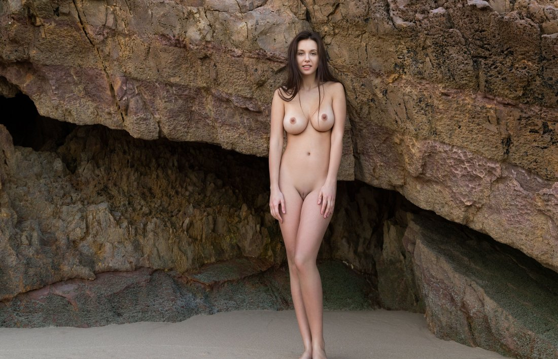 FemJoy - Alisa I - A Secret Cove - 23 Nov, 2019, pic 18