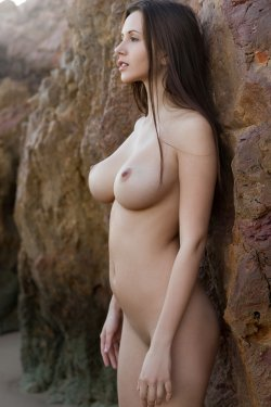 FemJoy - Alisa I - A Secret Cove - 23 Nov, 2019, pic 14
