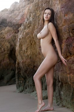 FemJoy - Alisa I - A Secret Cove - 23 Nov, 2019, pic 15