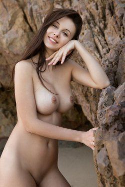 FemJoy - Alisa I - A Secret Cove - 23 Nov, 2019, pic 27
