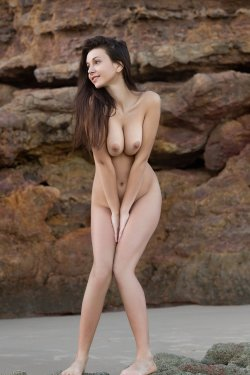 FemJoy - Alisa I - A Secret Cove - 23 Nov, 2019, pic 28