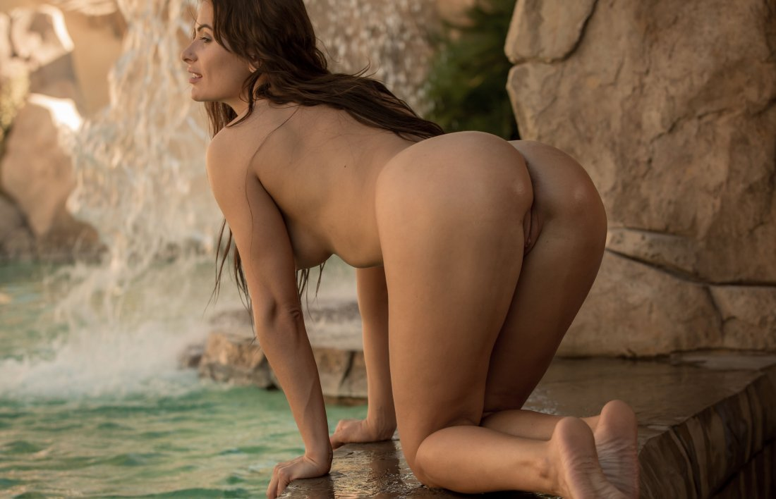 FemJoy - Cosmo - By The Waterfall - 30 Sep, 2019, pic 10