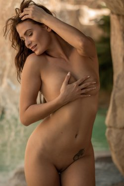 FemJoy - Cosmo - By The Waterfall - 30 Sep, 2019, pic 2