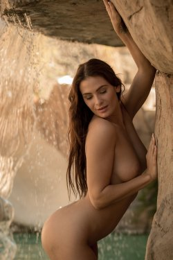 FemJoy - Cosmo - By The Waterfall - 30 Sep, 2019, pic 13