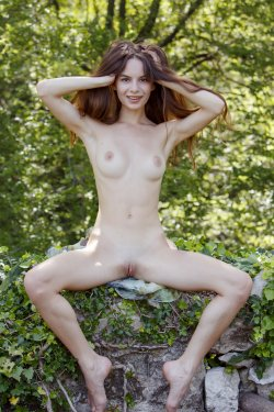 MetArt - Debora A - Goddess In Nature - 29 Sep, 2019, pic 33