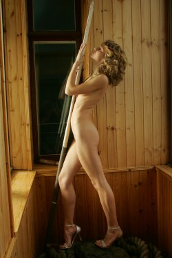 Stunning18 - Nansy - Girl with a paddle - 16 Oct, 2019, pic 14