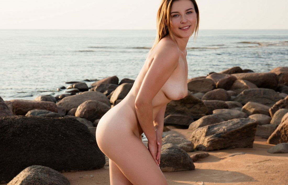 FemJoy - Dominika V - Beach Fantasies - 27 Sep, 2019, pic 9