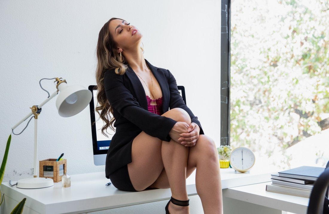 PlayboyPlus - Alina Lopez - Down to Business - 17 Oct, 2019, pic 3