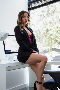 PlayboyPlus - Alina Lopez - Down to Business - 17 Oct, 2019, pic 2