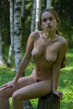 Stunning18 - Kelly P - Lost in the grass - 08 Nov, 2019, pic 29